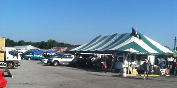 US1 Metro Flea Market free parking